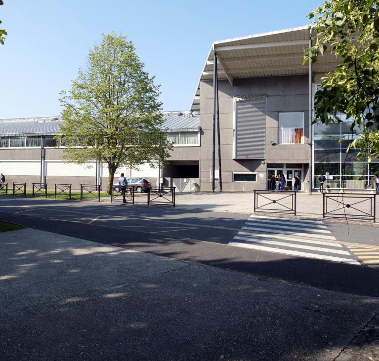 Bandeau Lycée Flora Tristan